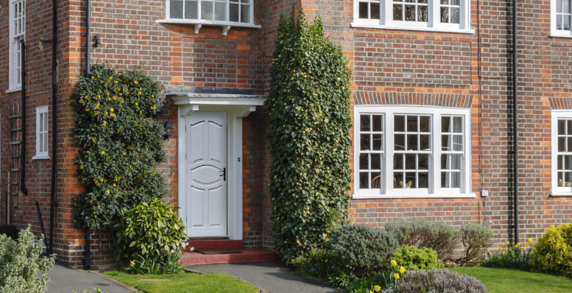 Semi-detached house and garden in Pinner, an affluent London suburb